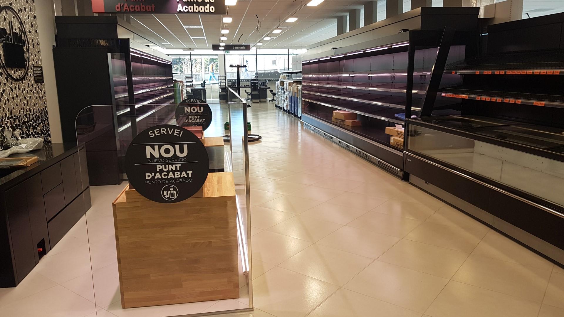 Montaje supermercado mercadona muebles frigor ficos for Mercadona oficinas centrales